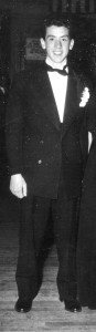 Dad.tux with Nan 1945c